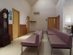当院の待合室、ゆったり