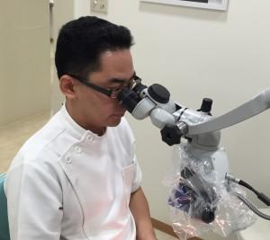 林副院長 顕微鏡治療