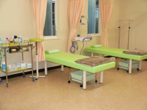 石塚内科クリニック 処置室