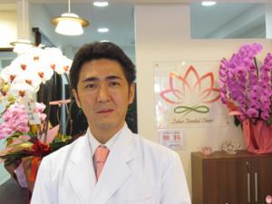 ロータス歯科1