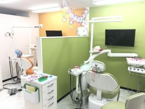 愛里歯科 診察室1
