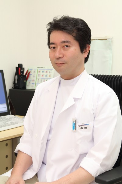 院長の山田貴彦先生
