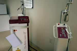 レーザー治療器具